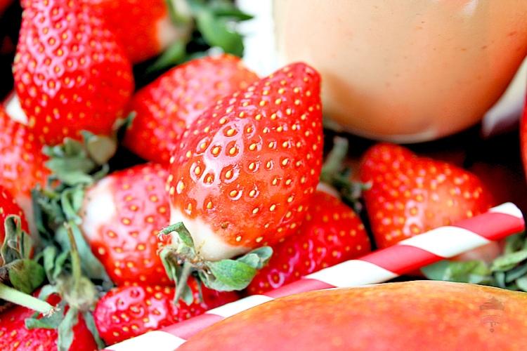 smoothie-yaourt-mangue-fraise-mc3