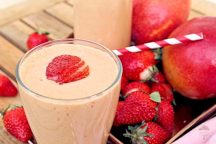 smoothie-yaourt-mangue-fraise-mc5